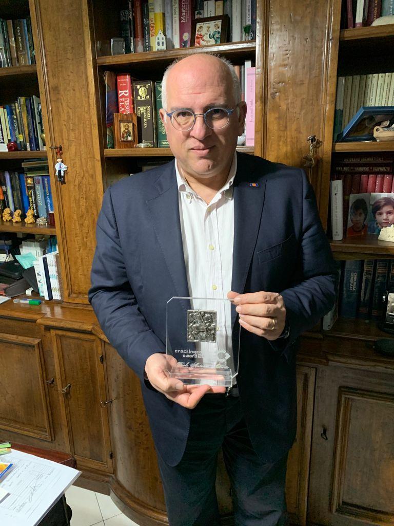 Cracking Cancer Award – Premiato il prof. Paolo Antonio Ascierto del Pascale di Napoli